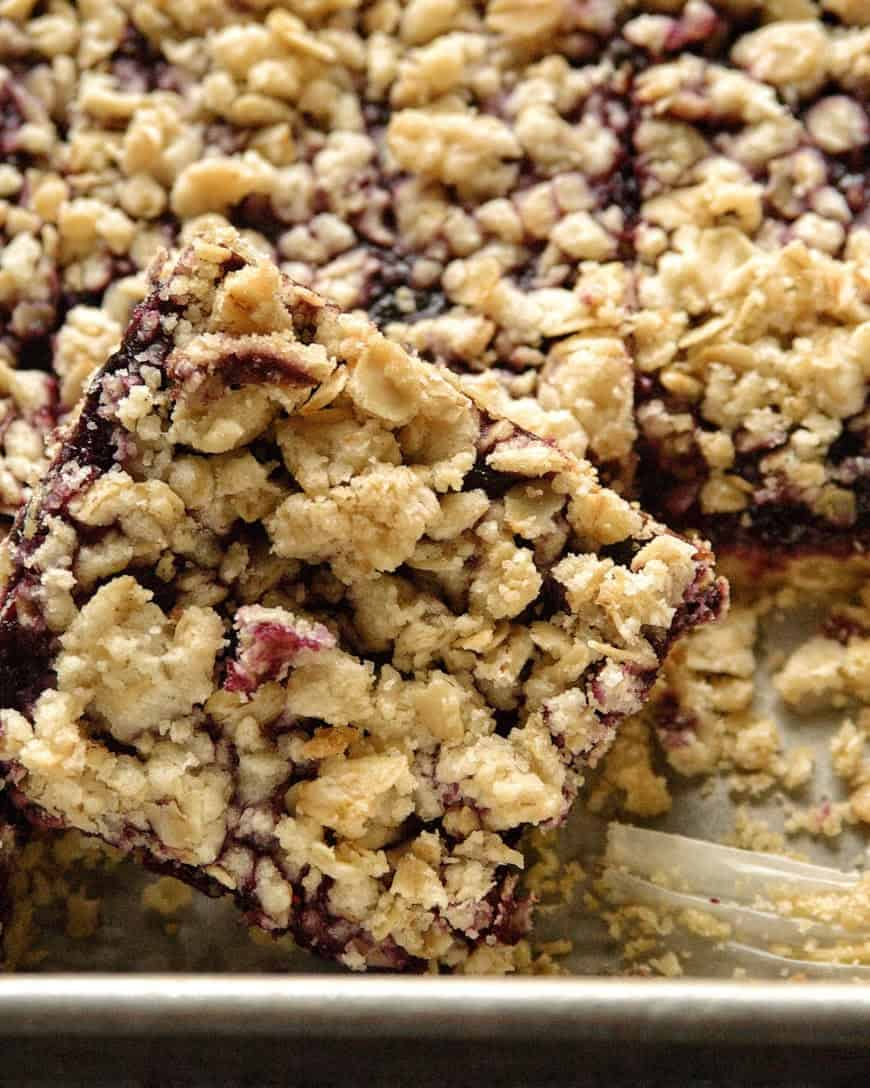 roasted-blueberry-oat-bars-semirefinedpalate.com
